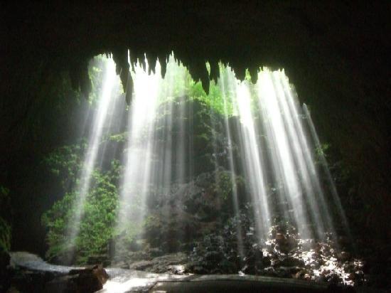 пещерата Rio Camuy