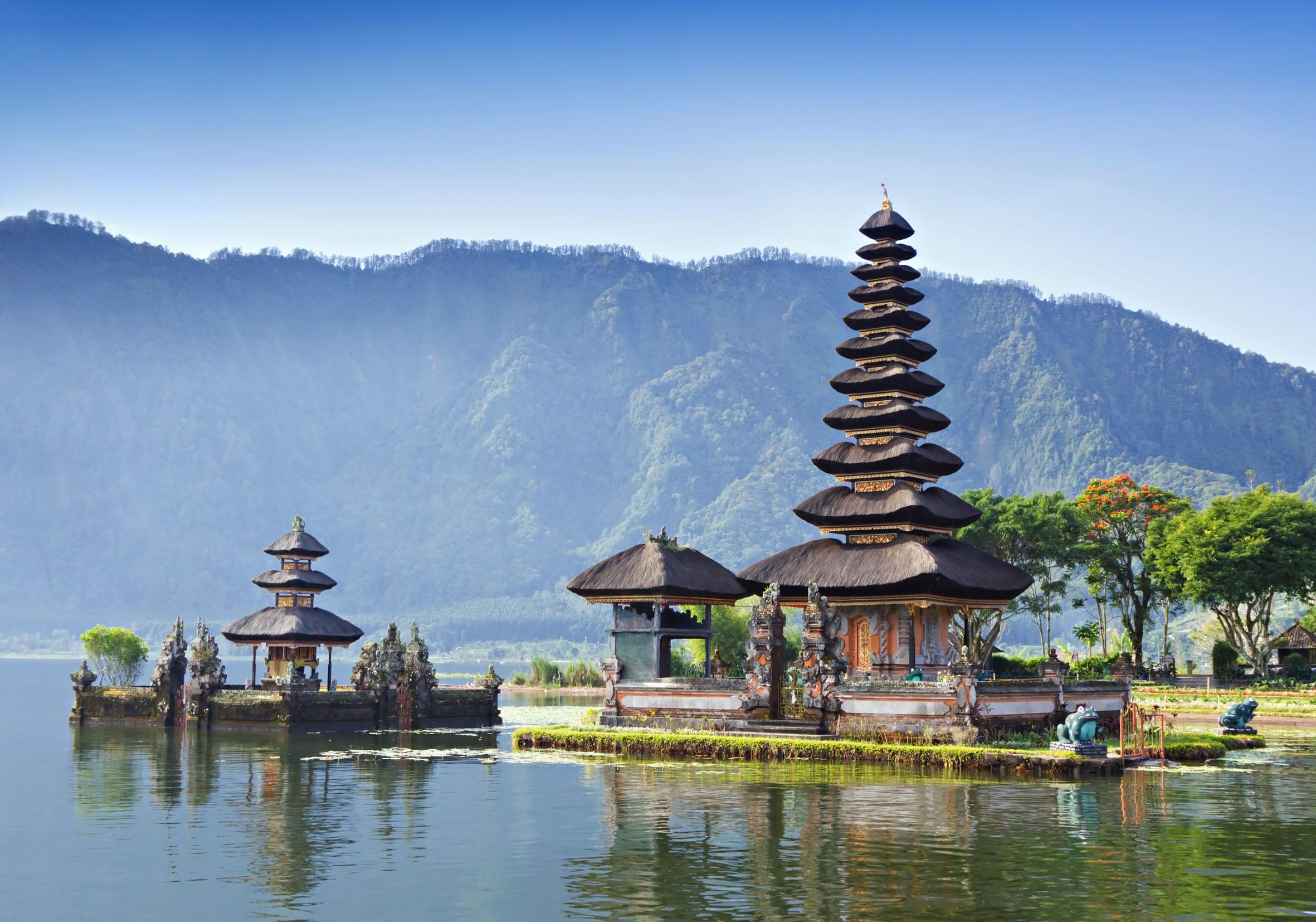 храм на остров Бали