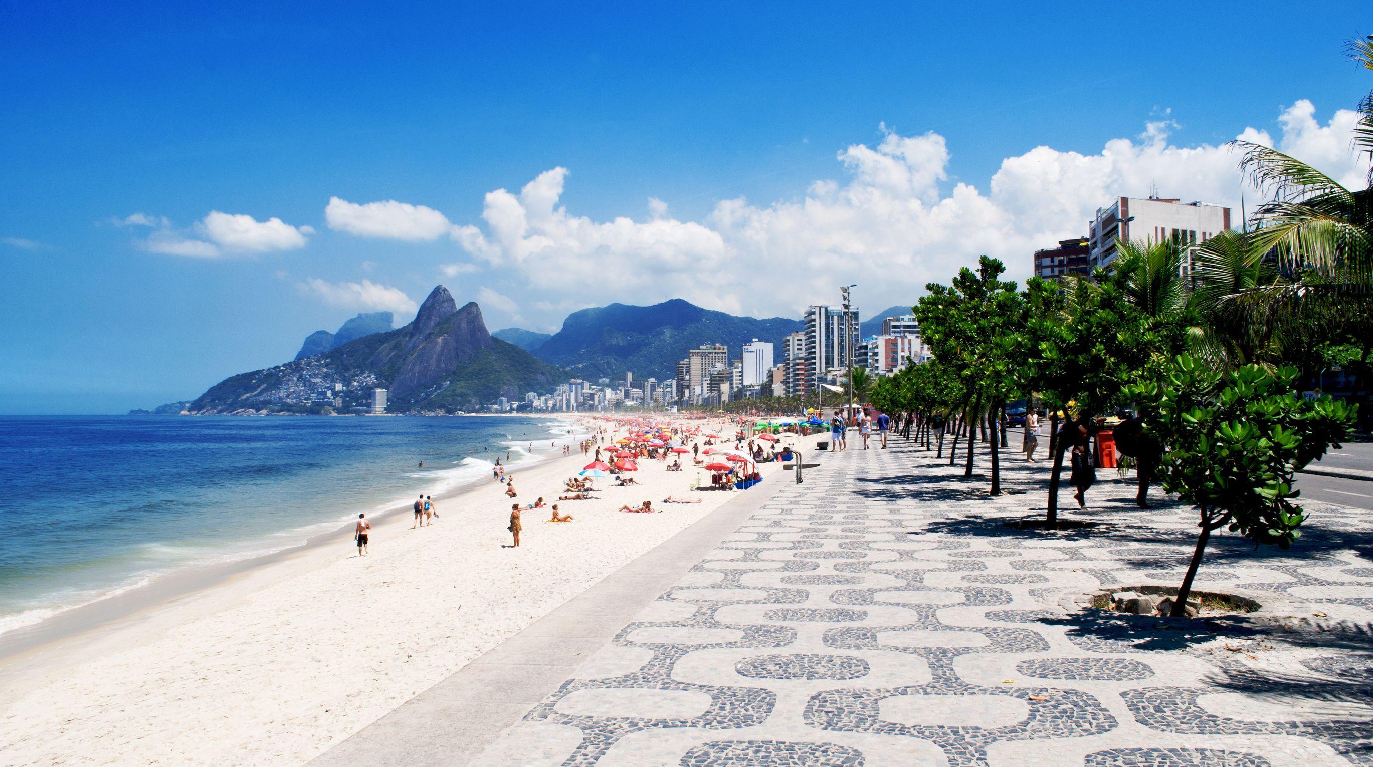 плаж Ipanema Beach
